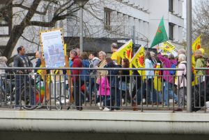 b_300_0_16777215_00_images_artikel_170304-demo-hn_art_demo-heilbronn_0100.jpg